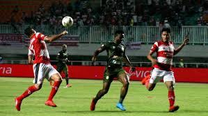 Menang Tipis, Hasil Pertandingan Madura united vs Tira
